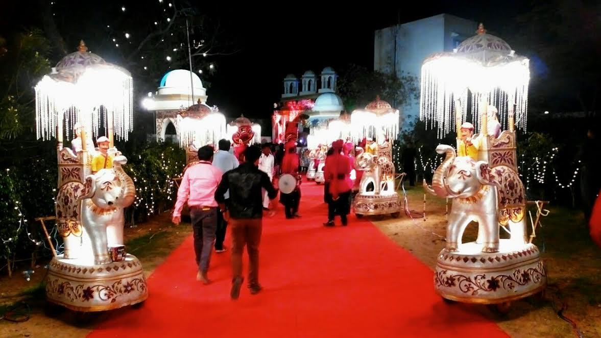 Firoz Natthu Kha Lights & Band