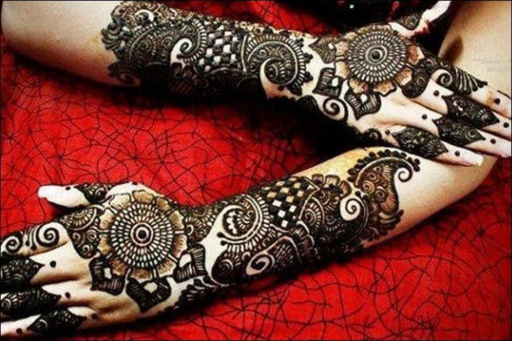 Rose Mehandi Designs