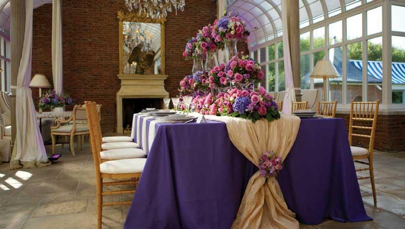 Scattered Glow - wedding flower decoration ideas