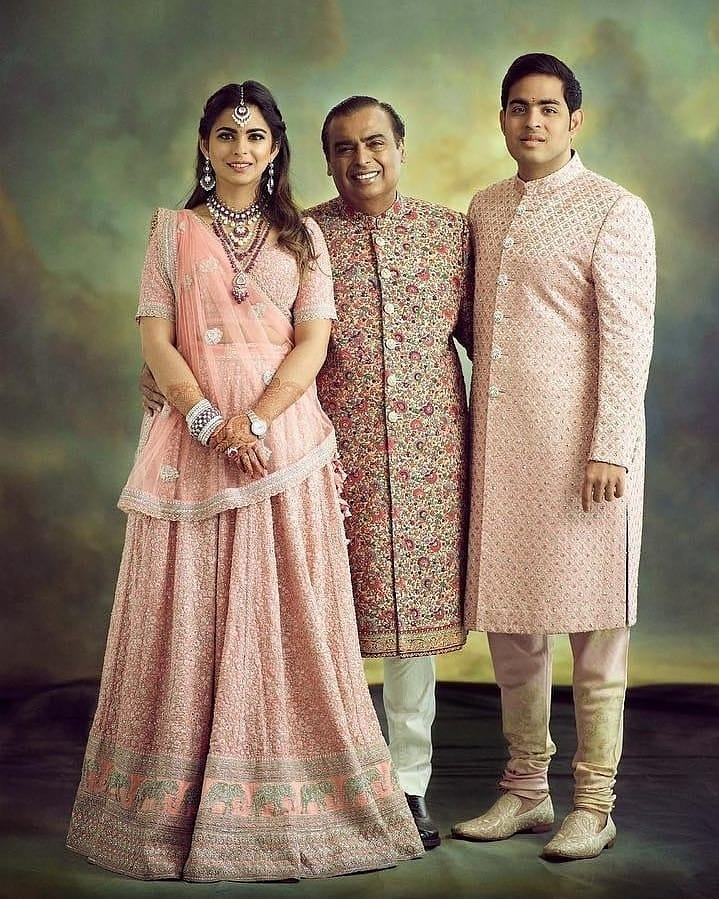 mukesh ambani at akash shloka wedding