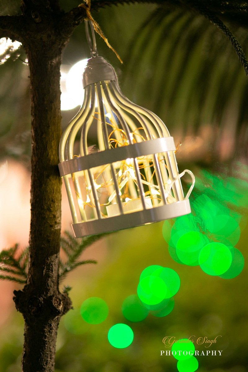 Illuminating Glowing Lanterns wedding decor ideas