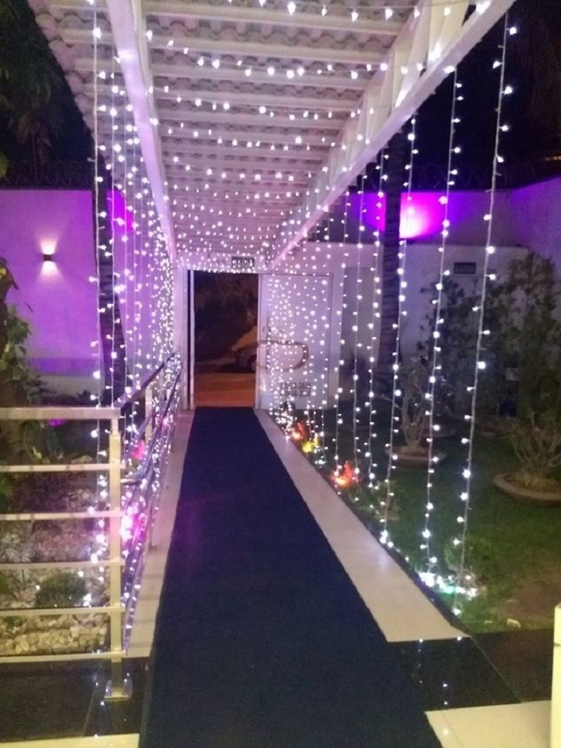 Starry Twinkling Entrance wedding decor ideas