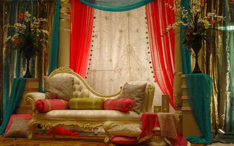 playing with drapes in decoration