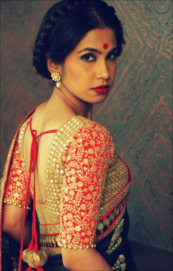 blouse designs for plain sarees