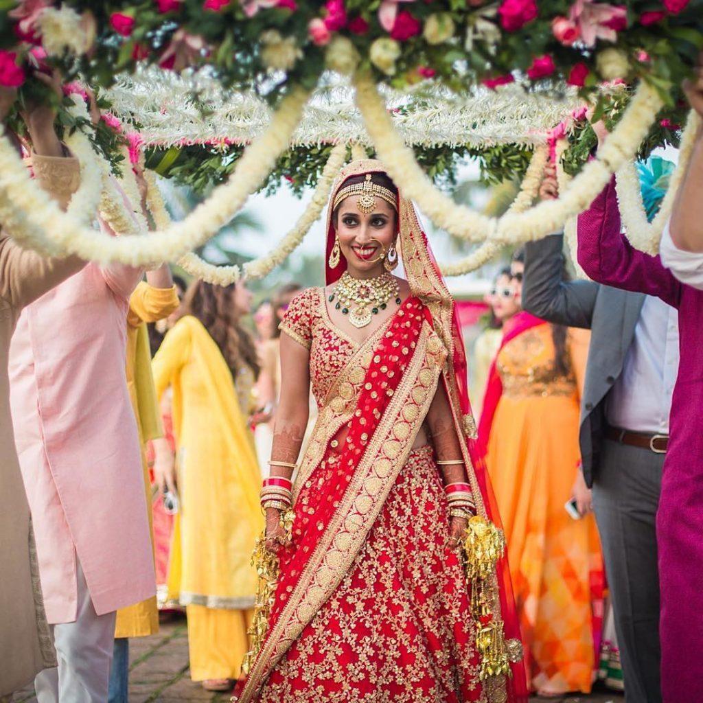 Bridal Entry Ideas In Wedding