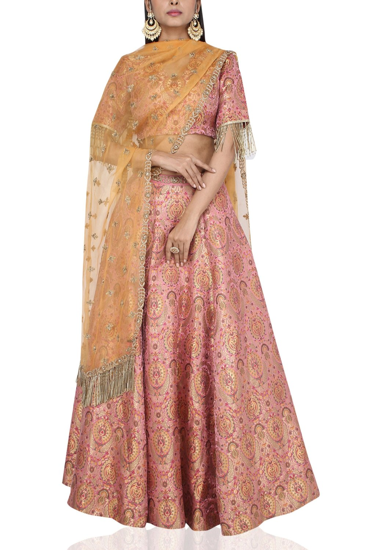 banarasi bridal lehenga in delhi