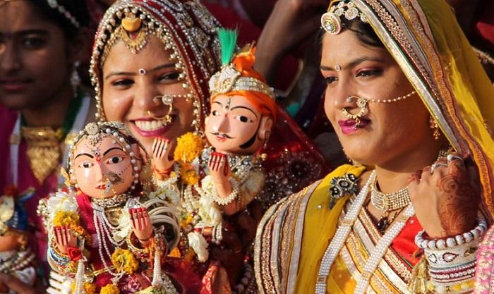 ganguar festival celebration