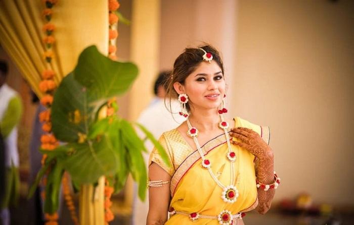 haldi ceremony for bride