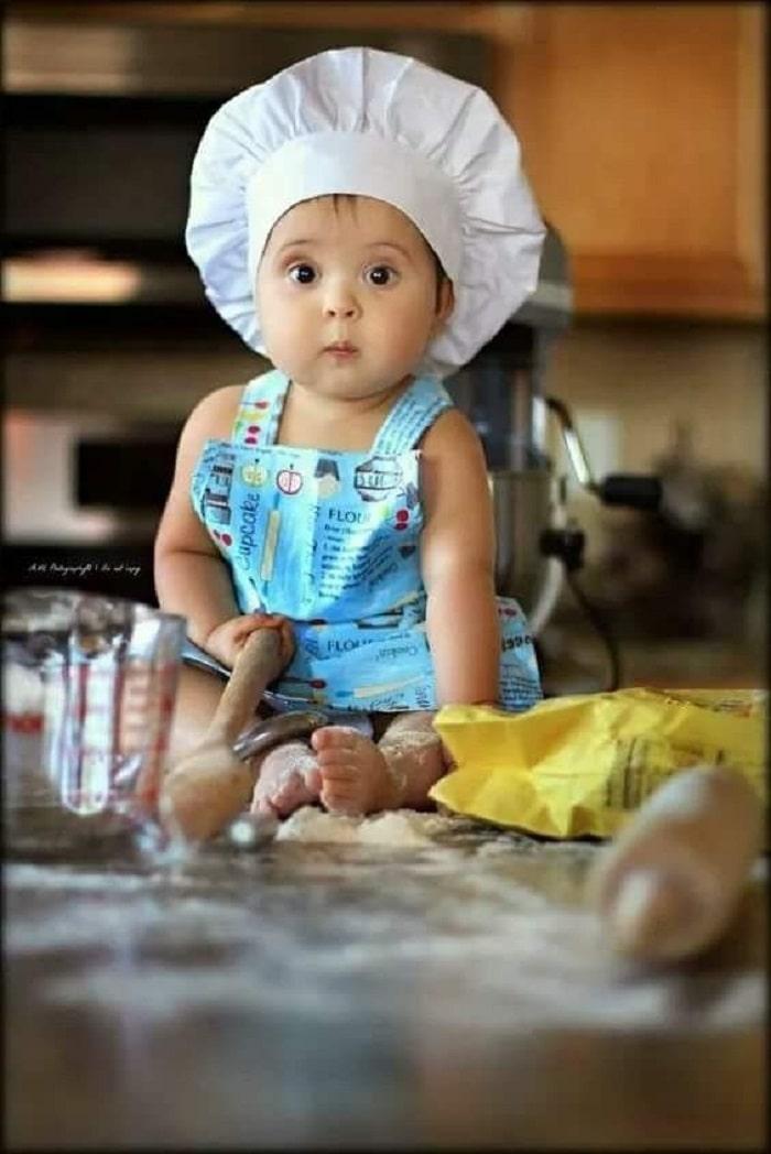 baby photoshoot idea in kitchen