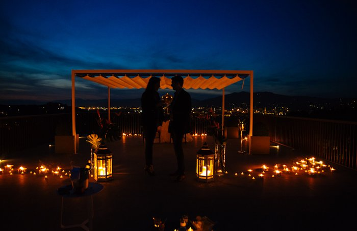 romantic proposal idea - candlelight dinner