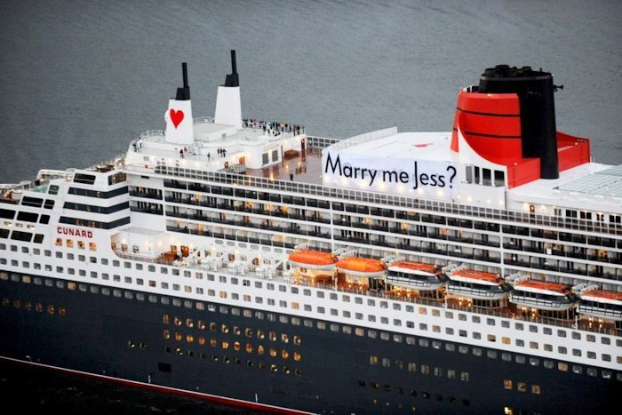 marriage proposal on cruise