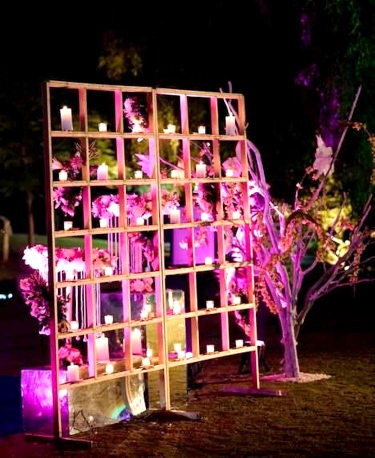 wedding photo booth ideas - make useless usefull