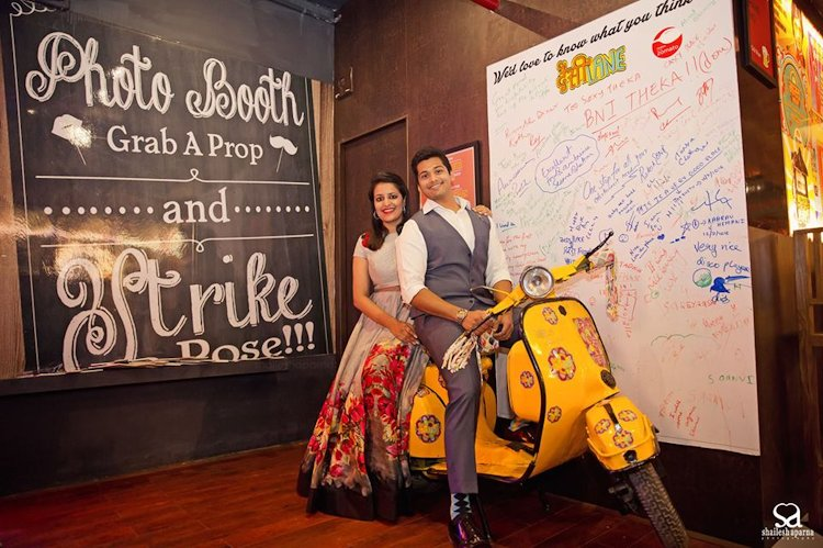 marriage photobooth ideas with scooter