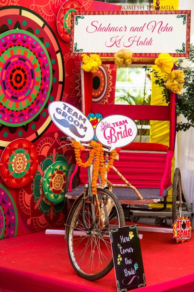 marriage photobooth ideas with rickshaw