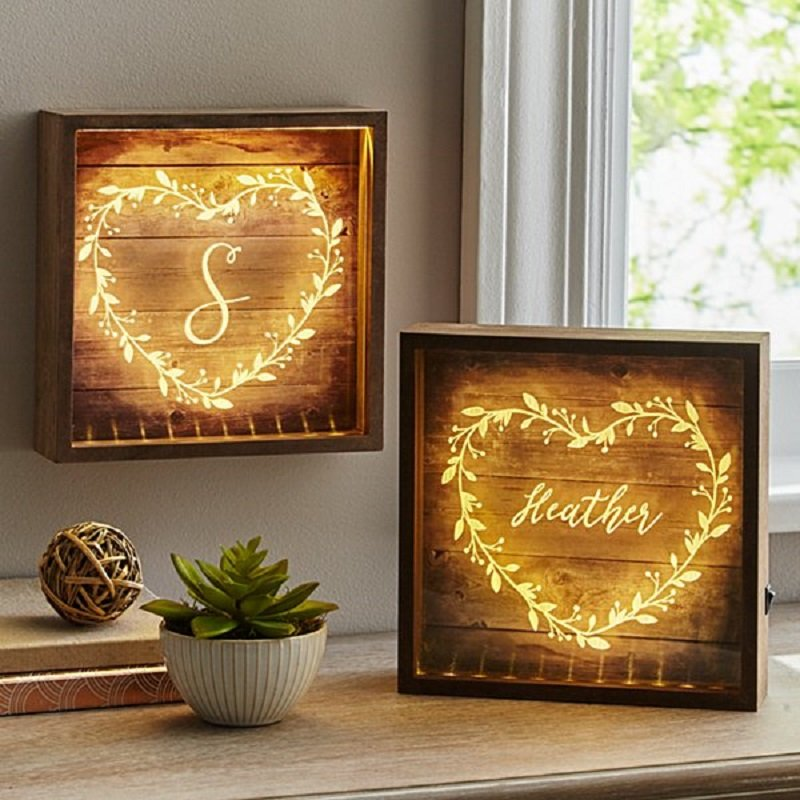 Heart Vine Lightbox