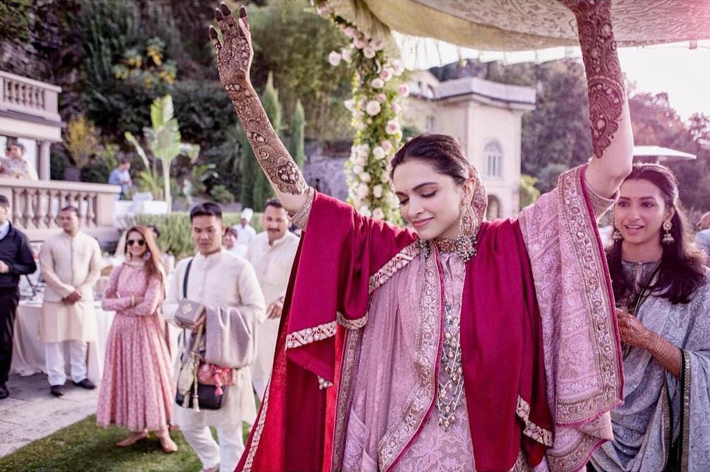 Ranveer Deepika Mehandi Function images