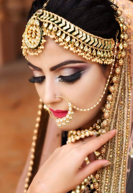 Bridal Makeup Trends 2019: Damn Brides, Try All These!