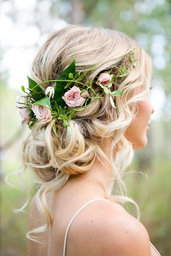 Messy Low Bun - cool bride hairstyle for short hair