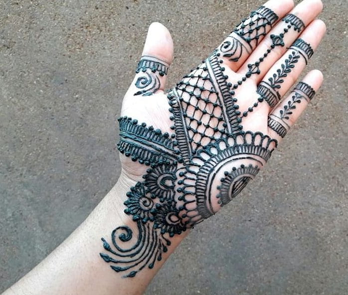 Mehndi Designs for front hand