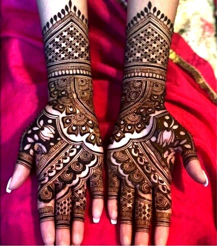 Fusion mehndi for full hand