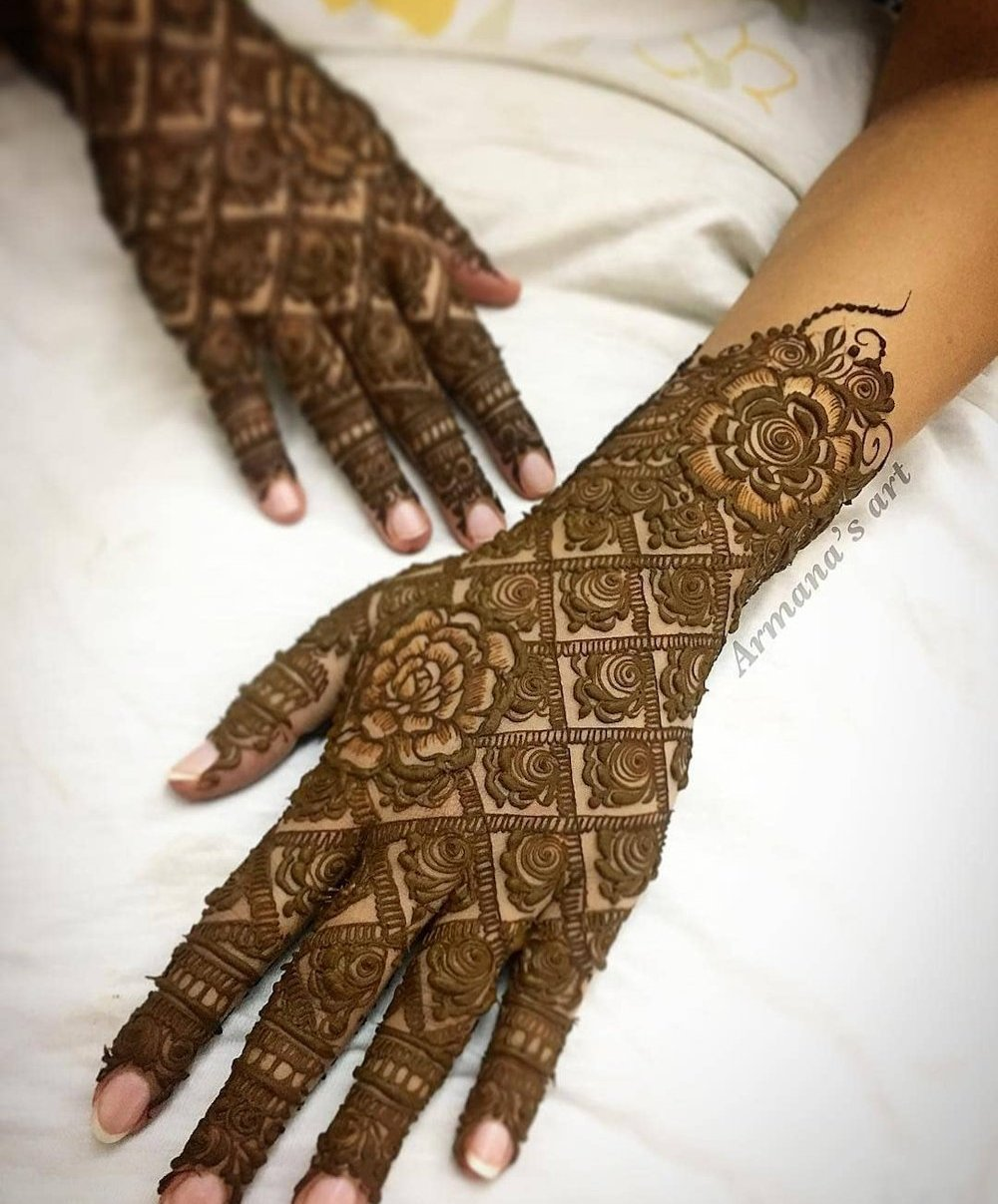 best dulhan mehandi design