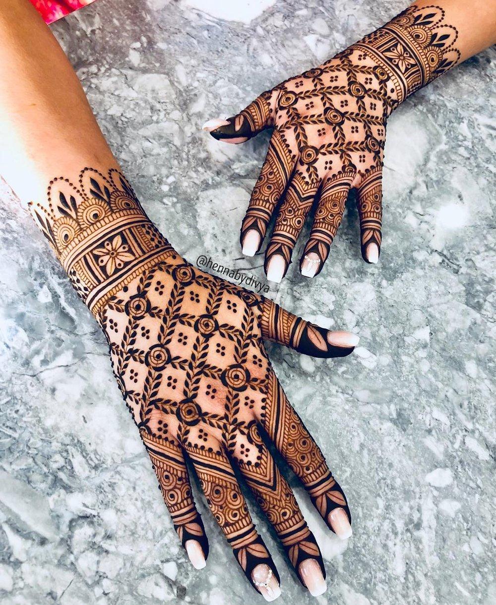 Jaali Bridal Mehandi Design for Traditional Brides