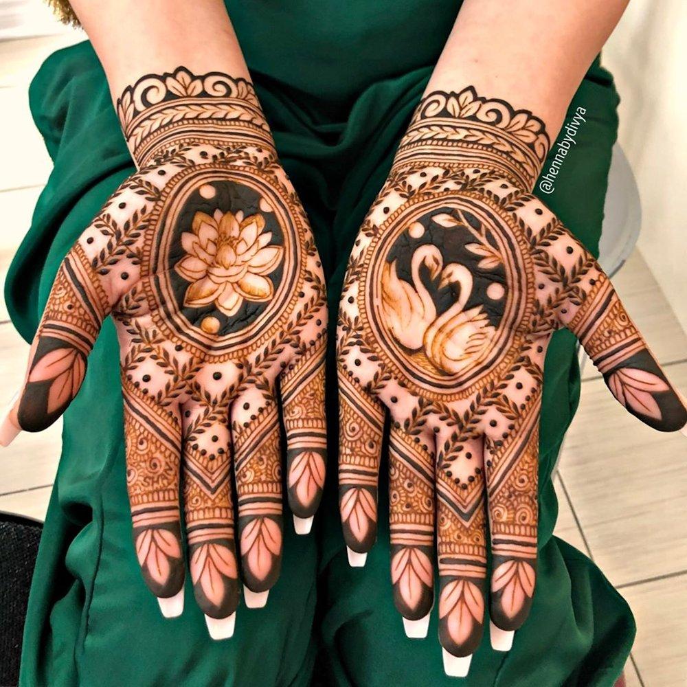 Lotus Style Dulhan Mehndi Design