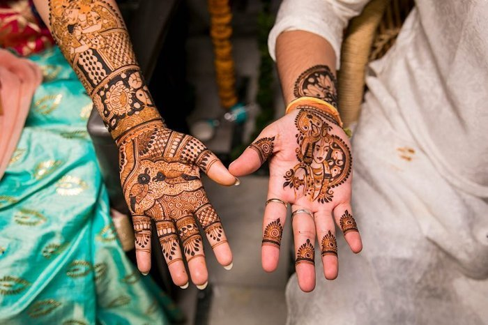 Spiritual Mehndi designs enhances the touch of divinity in your wedding.