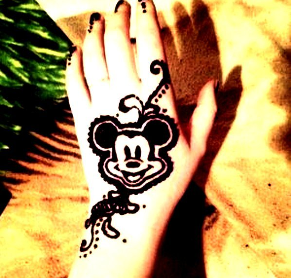 mickey mouse mehndi designs for kids