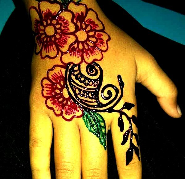 Colourful Mehndi Designs For Kids