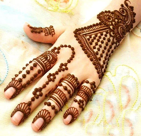 mehndi designs for children's hand
