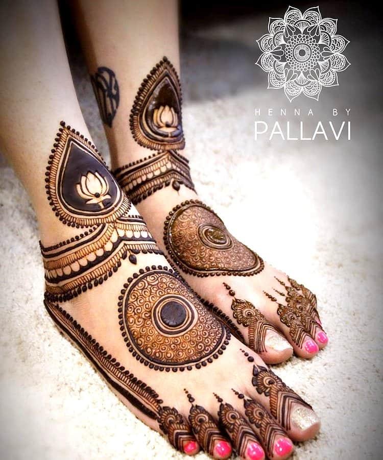 Lotus Motif feet mehandi designs