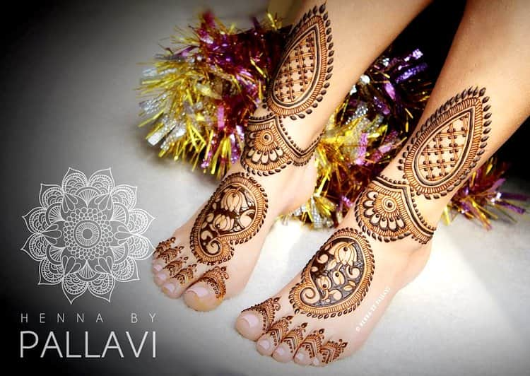 Lotus Motif mehndi designs for bridal