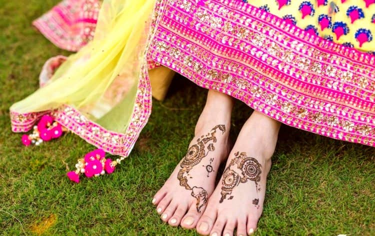 Simple mehandi designs for leg images
