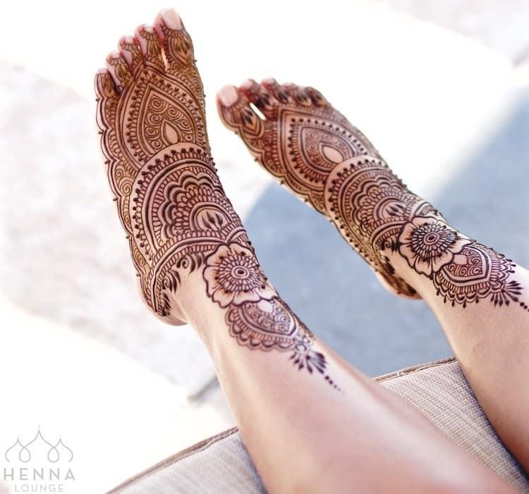 mehandi designs for legs