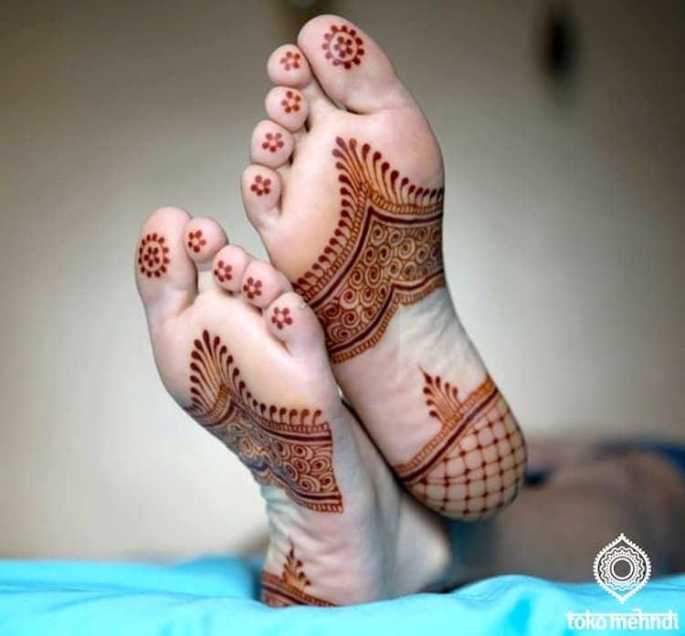 best mehndi designs for leg