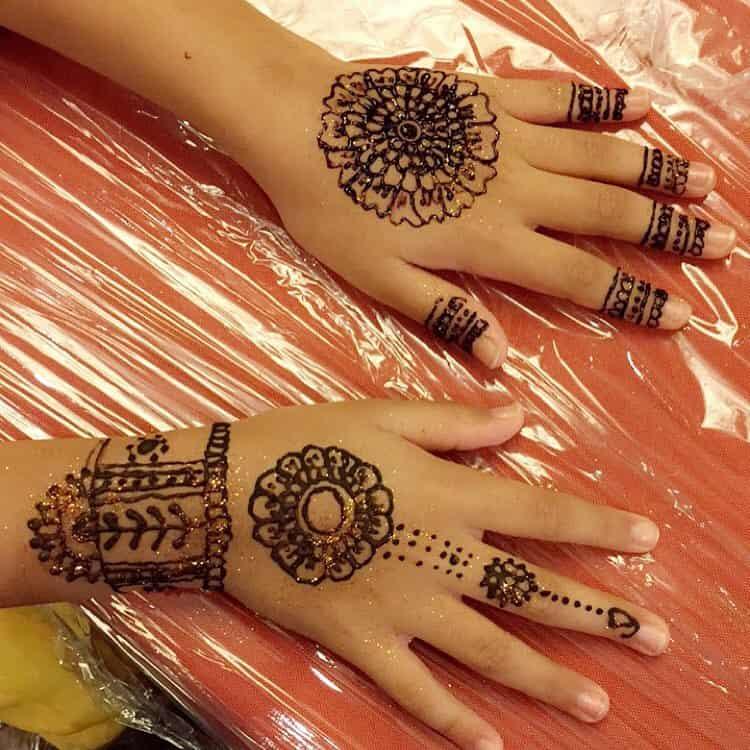 simple mehndi designs for kids
