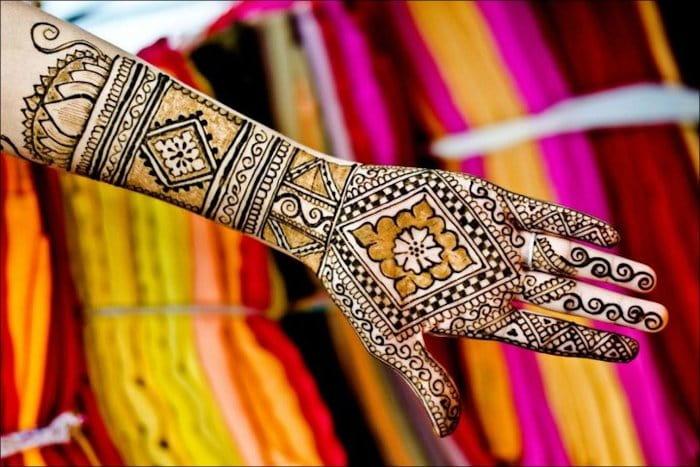 Chequered Mehandi Designs