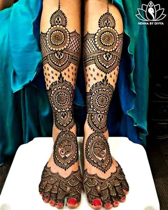 Chequered Mehandi Design by divya