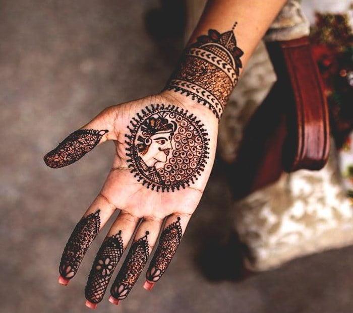 Circular Mehndi Designs