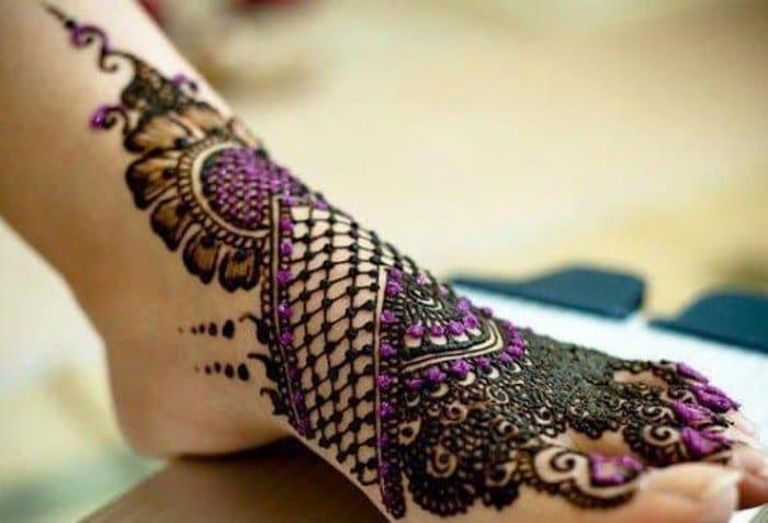 Colorful Mehndi Designs for leg