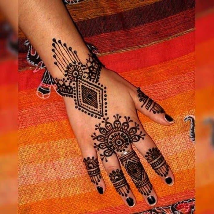 diamond henna designs for back hand