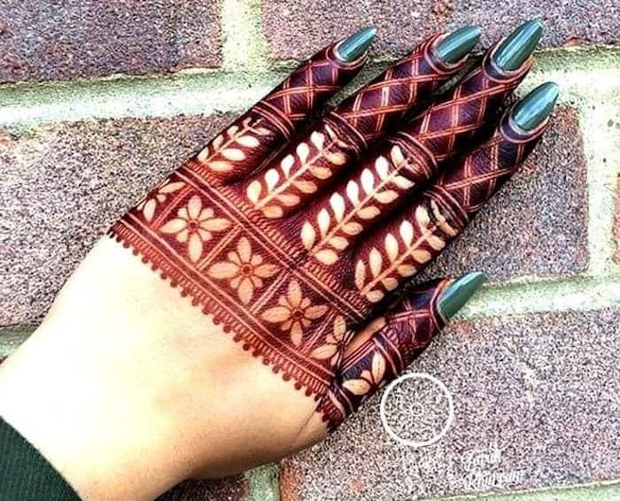 fingertips mehndi design