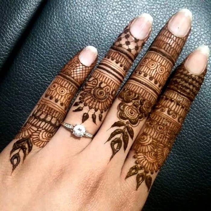 latest finger mehandi designs