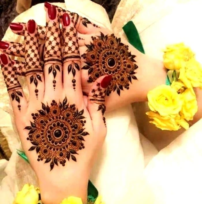 Bridal Flowers Mehndi Designs