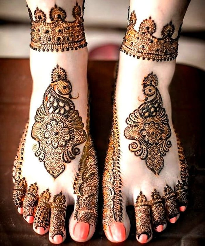 mehndi designs with peacock