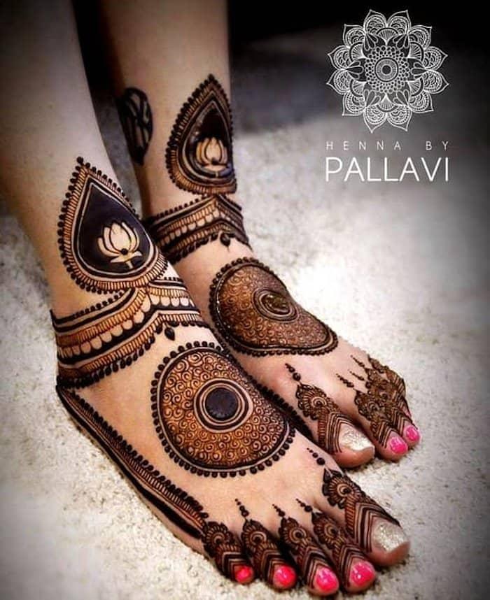 bridal henna for legs by pallavi