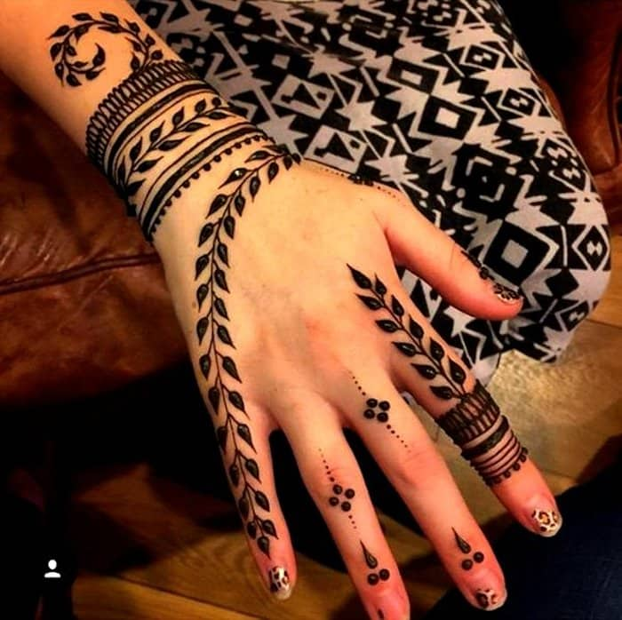 Leaf Mehndi Designs for hand