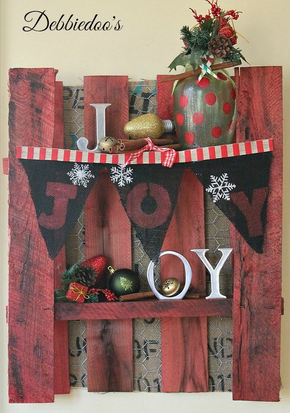Creative Mini Banners Christmas decor idea