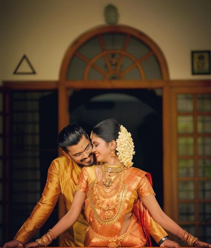 whispering love - cute wedding photoshoot